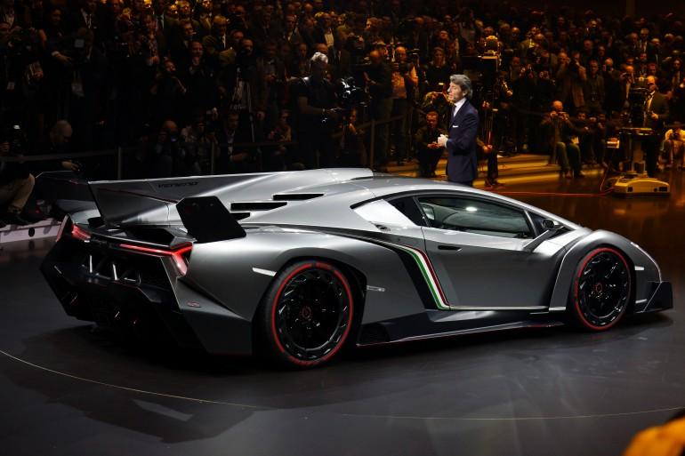 Lamborghini Spits Fiery Venom With The Veneno Car And Bike