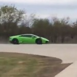 Watch a 2000-HP Lamborgini Huracán Shatter the Half-Mile World Record