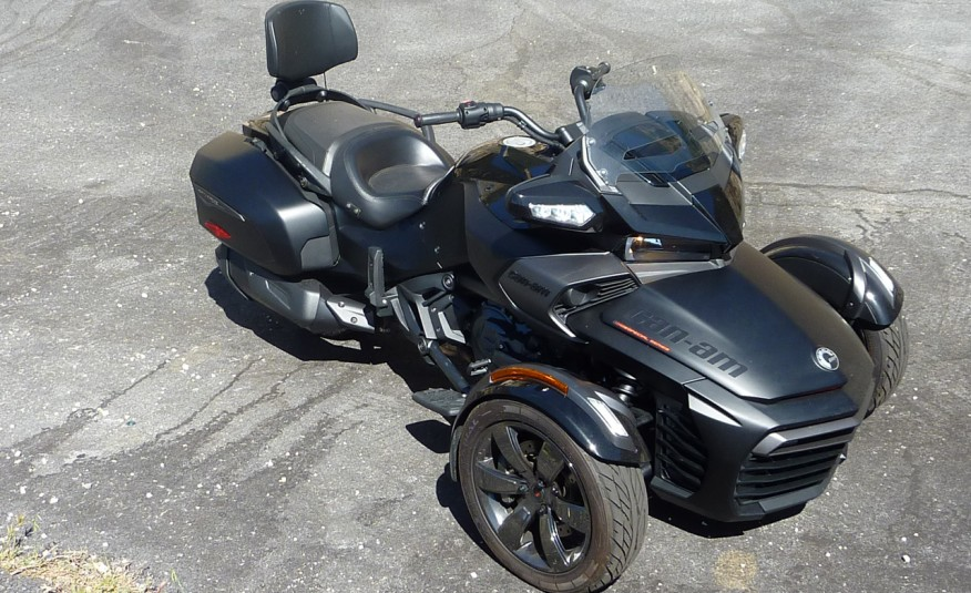 2016-Can-Am-Spyder-FE3-101-876x535