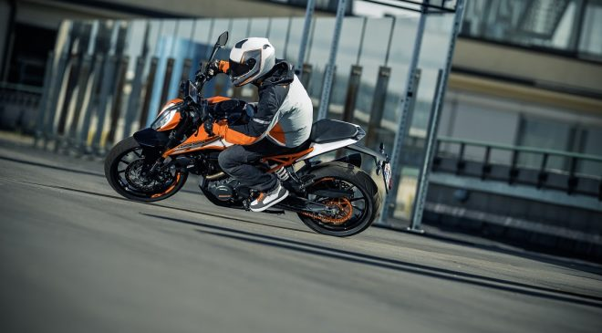 KTM 125 Duke review – first thoughts