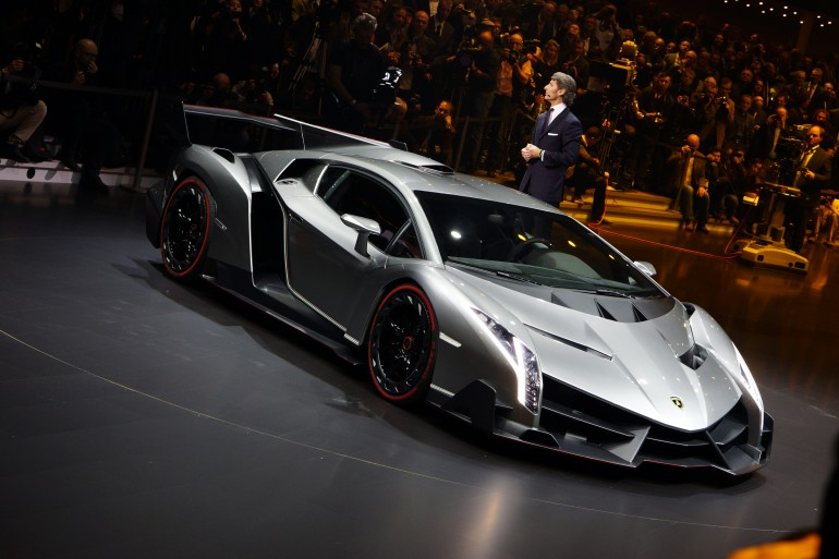 Lamborghini Spits Fiery Venom With The Veneno Car And Bike Car