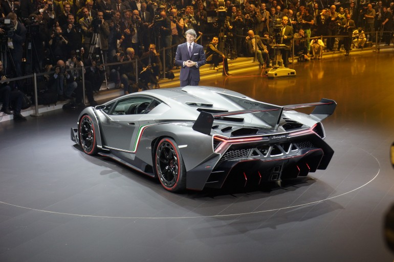Lamborghini spits fiery venom with the Veneno | Car And Bike