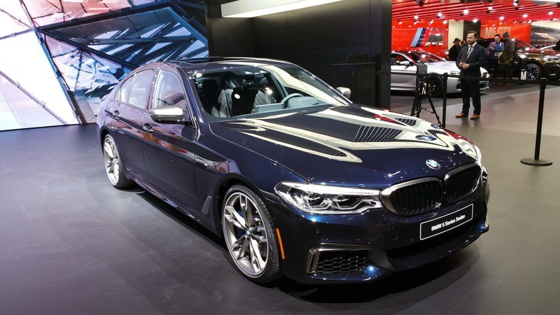 bmw-m550i-xdrive-is--8_800x0w