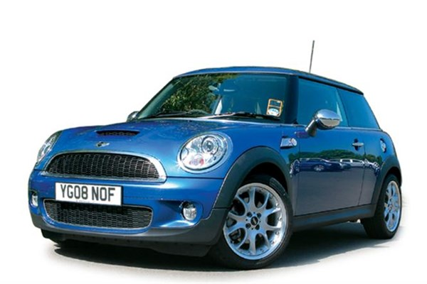 MINI Cooper S Review | Car And Bike