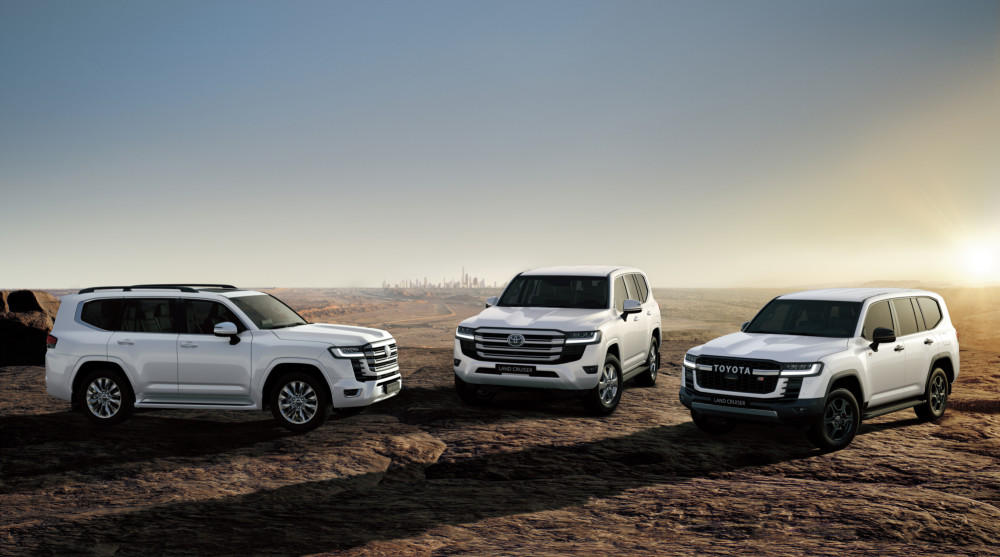 Exciting new Toyota Land Cruiser 300 breaks cover