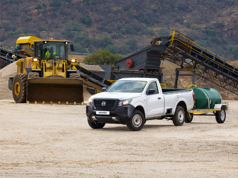 Nissan Navara Single-Cab launched in SA(2021) Pricing and Spec